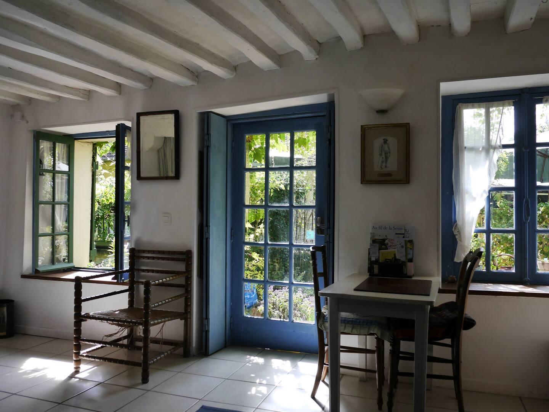 Garden_Studio_in_Giverny-Airbnb_Rentals